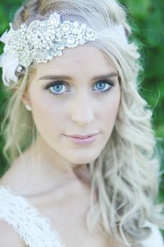 headband? looks really cute on her - Wedding Day Pins : You're #1 Source for Wedding Pins!