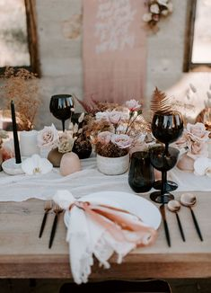 We are the Wild Ones: Nude + Rose Gold Wedding Inspiration in the Desert — Part 1 – Green Wedding Shoes – Wedding Centerpieces Wedding Table Settings, Wedding Table Centerpieces, Reception Decorations, Wedding Arrangements, Rose Gold Table Decorations, Orchid Centerpieces, Centerpiece Ideas, Reception Ideas, Green Wedding