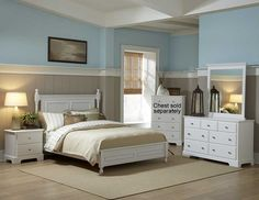 4pc Queen Size Bedroom Set Cottage Style In White Finish