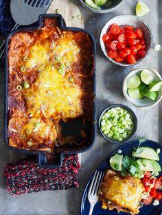 Congratulations enchiladas with chicken- Gratinerte enchiladas med kylling Congratulations enchiladas with chicken - Real Mexican Food, Mexican Food Recipes, Ethnic Recipes, Kos, Traditional Mexican Food, Chicken Enchiladas, Tex Mex, Pesto, Nom Nom