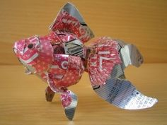 Makaon's art from aluminum drink cans: goldfish.