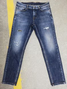 Muhammad Shahid 🇵🇰 Denim Jeans, Skinny Jeans, Muhammad, Mens Fashion, Ali, Pants, Winter, Men's Pants, Men's