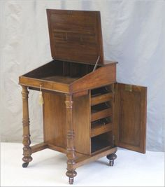 Interesting, pretty and useful - an Antique Victorian Clerks Desk or Davenport Desk in Walnut. Antique Writing Desk, Antique Desk, Antique Furniture, Writing Bureau, Wooden Furniture, Woodworking Software, Woodworking Store, Woodworking Plans, Wood Pallet Tables