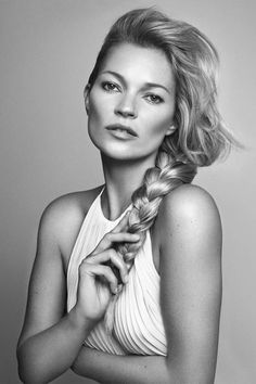 Kate Moss for Kerastase Kate Bosworth, Hair Inspo, Hair Inspiration, Kate Moss Stil, Moss Fashion, Net Fashion, Queen Kate, Office Hairstyles, Prom Hairstyles
