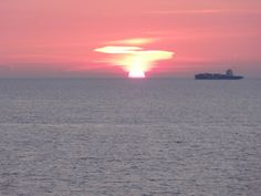 Sonnenuntergang am Meer Am Meer, Our Love, Celestial, Sunset, Outdoor, Sunset Sea, Travel Report, Sustainability, Travel