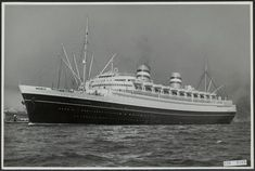 De Nieuw Amsterdam II in orginele kleur.