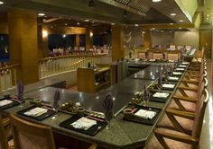Fujiyama is the best Japanese restaurant in the city serving fresh seafood and authentic Japanese dishes with a flair! Keep a look out for skillful showmanship at the two Teppanyaki counters where our expert Chefs will delight you as they prepare your favourite dishes right in front of you.