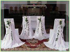 Znalezione obrazy dla zapytania dekoracja krzesła wesele