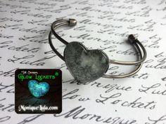 Glowies.net - Heart of the Galaxy Outer Space Glow Bracelet