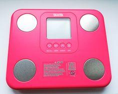 Dla tych którzy kochają wyraziste kolory analizator składu ciała BC 730 w intensywnym różowym kolorze. W końcu dbanie o własne drowie to sama radość :) Nintendo Consoles, Aloe Vera, Monitor