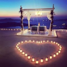 This Santorini Marriage Proposal Might be the Prettiest We'v.- This Santorini Marriage Proposal Might be the Prettiest We've Ever Seen Romantic Proposal - Romantic Proposal, Romantic Dates, Romantic Dinners, Proposal Ideas, Beach Proposal, Romantic Surprise, Proposal Photos, Romantic Beach, Romantic Night