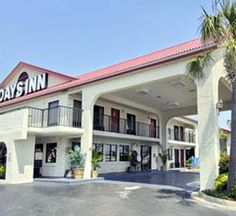 Days Inn Hotel In Destin Florida Across Hwy 98 From The Beach But