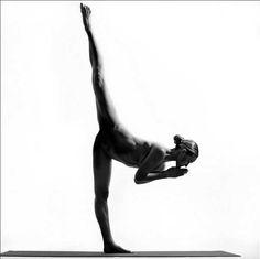 Nude Yoga Girl 13