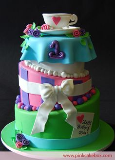What a cute cake for a 1st BD