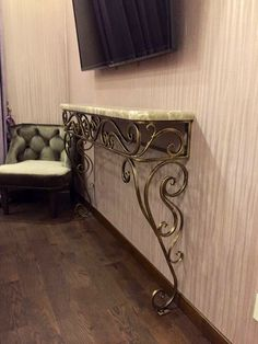 Welded decoration at home in classical style! Tv Unit Furniture, Sideboard Furniture, Iron Furniture, Furniture Design, Cool Light Fixtures, Home Decor Hooks, Steel Gate Design, Wrought Iron Decor, Wooden Lanterns