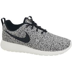 NIKE ROSHE RUN Women's Shoe (70 PAB) ❤ liked on Polyvore featuring shoes, sneakers, nike, trainers, grip shoes, mirror shoes, nike footwear and light weight shoes