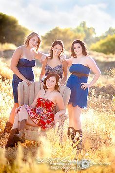 teens/seniors another beautiful picture idea i would want one like this with my bestfriends