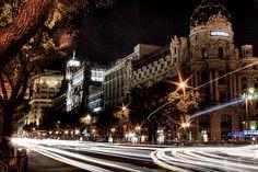 Gran Vía con Alcalá. Edificio de Metropolis. Gran Vía and Alcalá junction. Metropolis building. Madrid