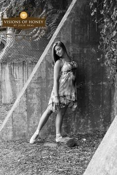 Senior Portrait Idea's   #senior #portrait # idea's #girl  #julieneal #dancer