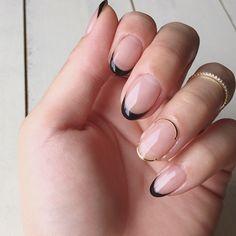 Kicca nail キッカネイルさんはInstagramを利用しています:「スキニー黒フレンチ。 . 普段使いのリングに合わせてすっきりと。 自分ネイルはどこまでもシンプルが好きです。 . #instaphoto#nails#nailart#nailclub#nailartist…」