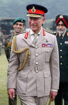 Posted on November 7, 2013 by HatQueen.......The Prince of Wales, who is currently on tour in India with the Duchess of Cornwall, met students at the Indian Military Academy in Dehradun today.