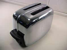 Vintage Chrome Toastmaster Automatic Pop-Up 2-Slice Toaster 1B14 Works by EclectiquesBoutique