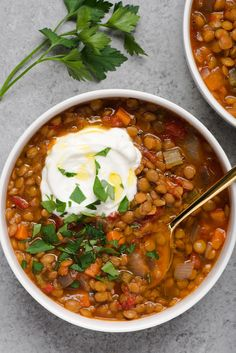 Recipe: Easy Slow Cooker Lentil Soup — Quick and Easy Vegetarian Dinners (meals for two recipes easy) Slow Cooker Lentil Soup, Vegetarian Lentil Soup, Lentil Potato Soup, Red Lentil Soup, Healthy Slow Cooker, Slow Cooker Recipes, Healthy Meals, Crockpot Ideas, Crockpot Dishes