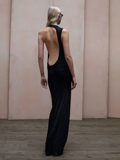 acne dress with sculptural cut-outs Grunge Goth, Fashion Details, Fashion Design, Mode Inspiration, Dress Backs, Dress Me Up, Passion For Fashion, Beautiful Dresses, Beautiful Lines