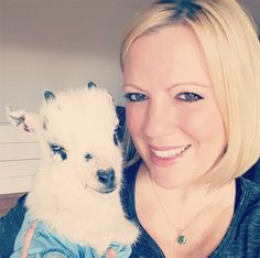 Woman Quits Her Job To Rescue Baby Goats Read more - https://www.pawsify.com/lifestyle/woman-quits-her-job-to-rescue-baby-goats/ Tag a pet owner