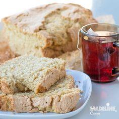 Checul e unul din deserturile simple si mult indragite ale copilariei, o felie mare alaturi de o cana de ceai aromat parca maRead more...