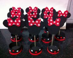 Minnie Mouse Birthday Cakes, Disney Birthday, Minnie Mouse Party, Mouse Parties, Mickey Y Minnie, Mini Mouse, Kids, Kids Centerpieces, Do Crafts