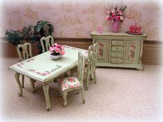 Dollhouse Shabby Roses  Dining room set in green by MiniAbuela,