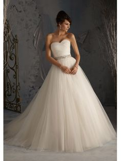 Ballgown Sweetheart A-line Tulle Charming Wedding Dress