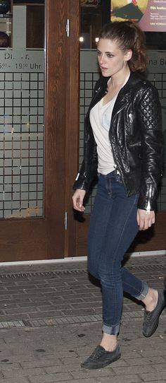 Kristen Stewart bowling in Berlin Nov. 2012