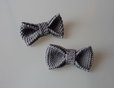 Hand knitted men bows, Grey wedding bows, Kids knitted bows, by BelaFarCrafts