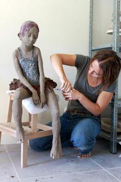 Jurga Sculpteur - http://www.faistesvacances.fr/stage-village-vacances.html?search=1=sculpture=16=11 #sculpture #faistesvacances