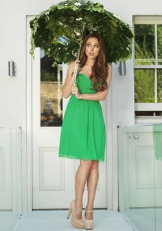 Una Looking pretty in green!!!