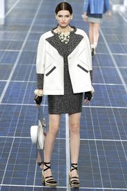 Chanel Spring/Summer 2013|25!!! Bebe'!!! Grey and White Jacket Dress!!!