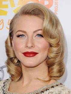 Julianne Hough Photo - Celebrity Makeup: How to Wear Red Lipstick.ive got the makeup down just not looking forward to pin curlng this longer hair Short Wedding Hair, Wedding Hair And Makeup, Trendy Wedding, Wedding Vintage, Wedding Nails, Vintage Wedding Makeup, Vintage Bridal Hair, Retro Wedding Hair, Red Lip Makeup