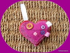 Harris Tweed and Felt Brooch. Purple Harris tweed. £4.95