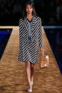 #runway #catwalk #fashionshow #fashionweek