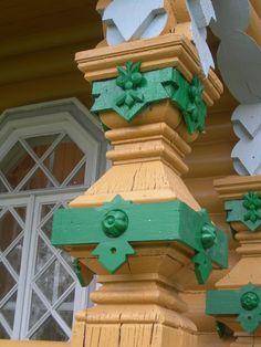 Декор колонны террасы южного фасада