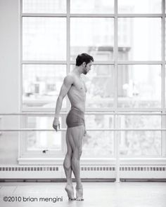 Never tease a male ballet dancer. With muscles like that, he could give you a serious beat down. Male Ballet Dancers, Ballet Boys, Dance Ballet, Dance Like No One Is Watching, Poses References, Dance Movement, Dance Photos, Lets Dance, Yoga