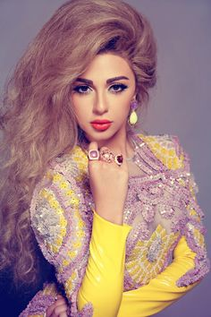 Myriam Fares has amazing makeup look ❤️