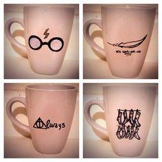 Literacy Loot: Harry Potter Must Haves and a Book Scented Candle . Literacy Loot: Harry Potter Must Haves and a Book Scented Candle . Harry Potter Items, Harry Potter Love, Coffee Mug Sets, Mugs Set, Coffee Coffee, Free Dobby, Diy Mugs, Harry Potter Birthday, Mugs