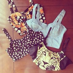 Bustier Hipster Outfits for Girls | clothes, corset, fashion, floral - inspiring picture on Favim.com