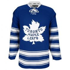 Image from http://www.allstarsportscollectibles.ca/images/Leafs%20Winter%20Classic.jpg.
