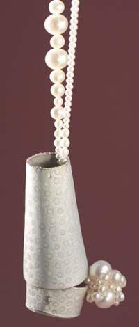 Frederike Schurenkamper, perlend Pendant