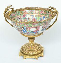 Bowl em porcelana chinesa decorada em esmaltes da família rosa, em estilo Luís XVI. China e França,