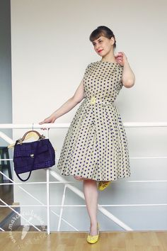 Dress: Made by me Pattern: 5A, Burda Easy 1/2009